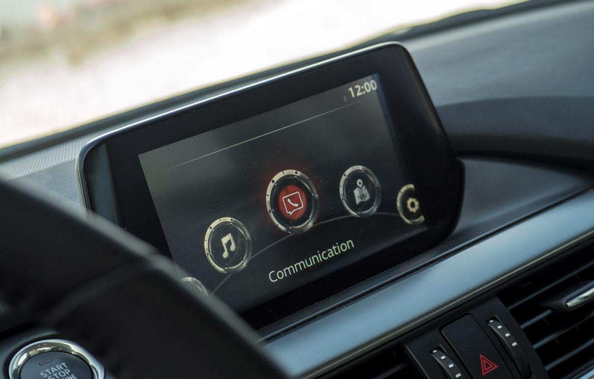 mazda va oferi conectivitate apple carplay i android auto. Black Bedroom Furniture Sets. Home Design Ideas