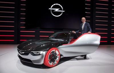 Karl-Thomas Neumann - demisie Opel