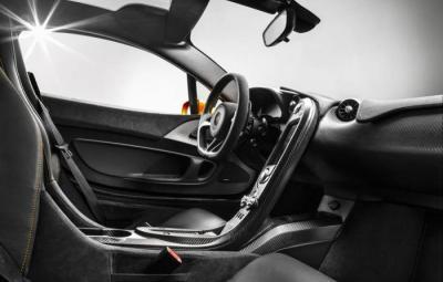 McLaren P1 - interior