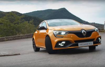 Renault Megane RS 2018 - 4CONTROL video