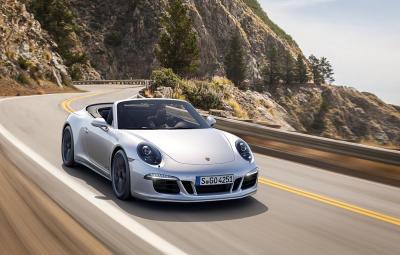 Noul Porsche 911 Carrera GTS