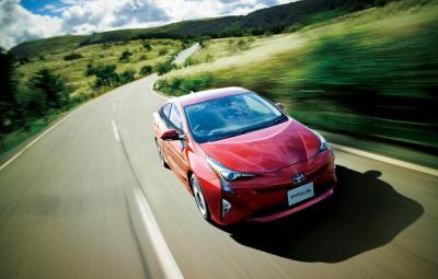 Noua Toyota Prius hibrid