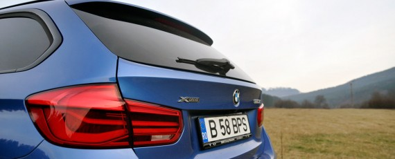 Test Drive BMW 320d xDrive Touring (16)