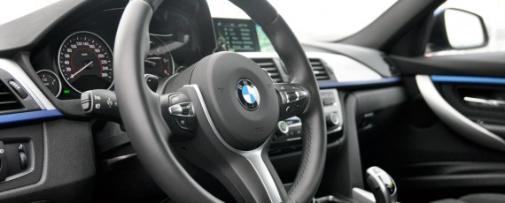 Test Drive BMW 320d xDrive Touring (22)