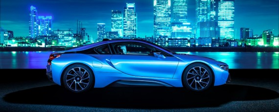 BMW i8 - Top Gear Car of the Year 2014 (01)