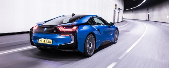 BMW i8 - Top Gear Car of the Year 2014 (02)