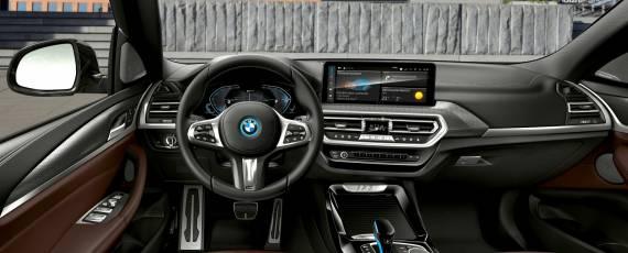 BMW iX3 facelift (05)
