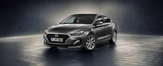 Noul Hyundai i30 Fastback (01)