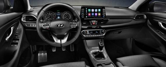 Noul Hyundai i30 Fastback (06)
