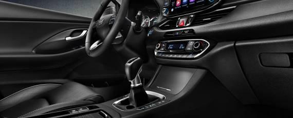 Noul Hyundai i30 Fastback (07)