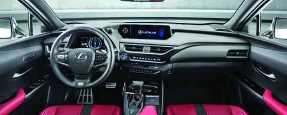 Noul Lexus UX (09)