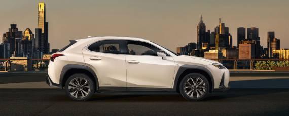 Noul Lexus UX (01)
