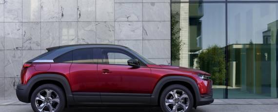Noua Mazda MX-30 (07)