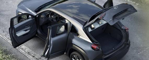 Noua Mazda MX-30 (06)