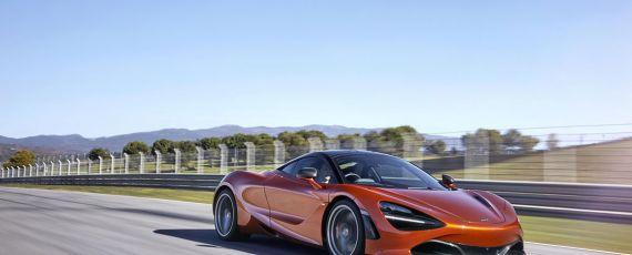 Noul McLaren 720S (01)