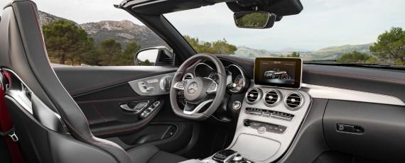 Noul Mercedes-AMG C 43 4MATIC Cabriolet - interior