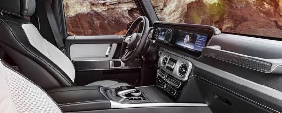 Mercedes-Benz G-Class 2018 - interior (01)