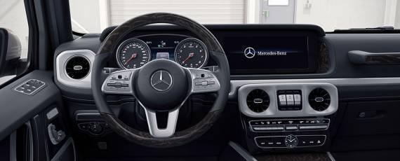 Mercedes-Benz G-Class 2018 - interior (06)