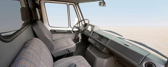 Mercedes-Benz - istoria interiorului (02)
