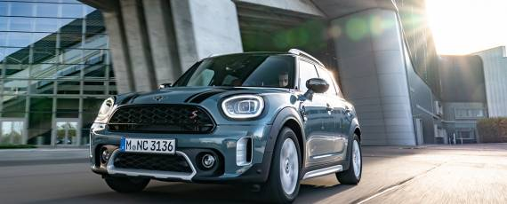 MINI Countryman (01)