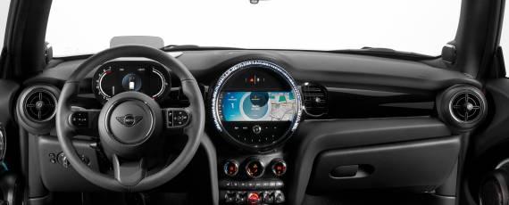 MINI facelift 2021 (06)