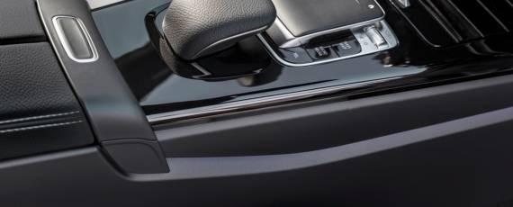 Noul Mercedes-Benz A-Class 2018 (15)