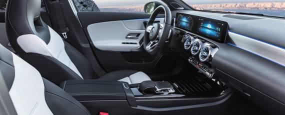 Noul Mercedes-Benz A-Class 2018 (12)