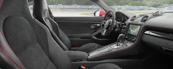 Porsche 718 Cayman GTS (08)