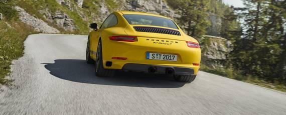 Porsche 911 Carrera T (04)