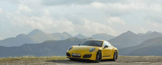 Porsche 911 Carrera T (05)