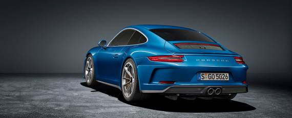 Porsche 911 GT3 Touring Package (02)