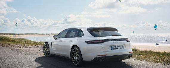 Porsche Panamera Turbo S E-Hybrid Sport Turismo (05)