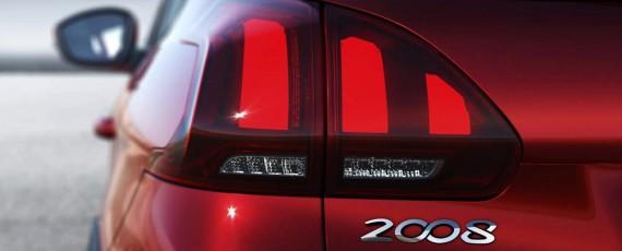 Noul Peugeot 2008 facelift (09)