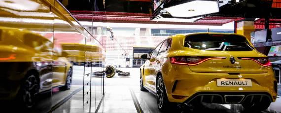 Noul Renault Megane RS Trophy (03)