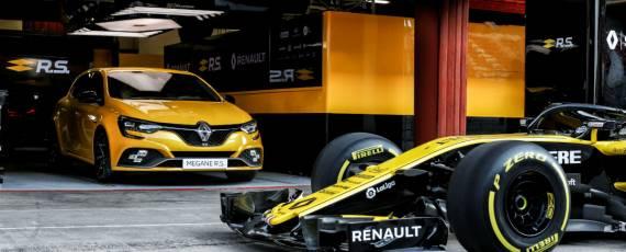 Noul Renault Megane RS Trophy (04)