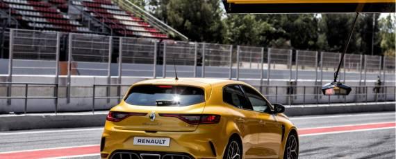 Noul Renault Megane RS Trophy (05)
