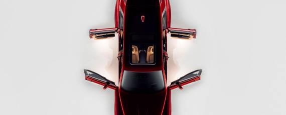 Rolls-Royce Cullinan (06)