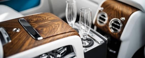 Rolls-Royce Cullinan (12)