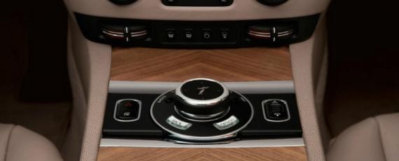 Rolls-Royce Wraith - detalii de interior