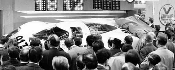 Prezenta Porsche la GIMS (02)