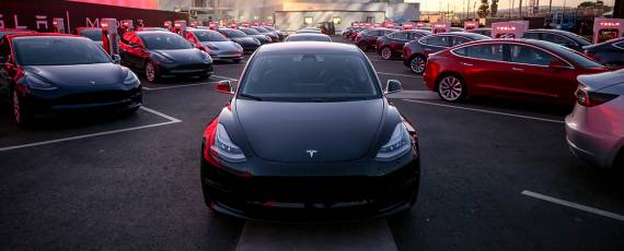 Tesla Model 3 - primele livrari (10)