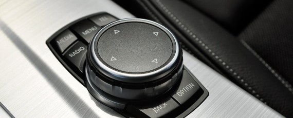 Test BMW X4 xDrive20d (27)