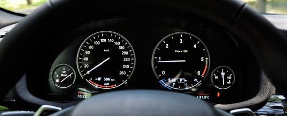 Test BMW X4 xDrive20d (18)