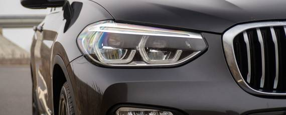 Test BMW X3 xDrive20d (07)