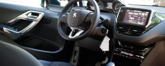Test Peugeot 2008 facelift 1.2 PureTech 110 (16)