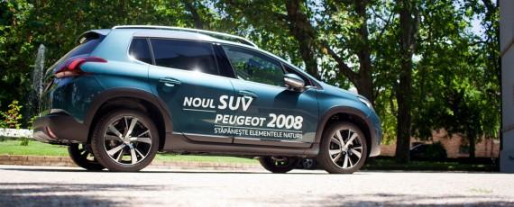 Test Peugeot 2008 facelift 1.2 PureTech 110 (03)