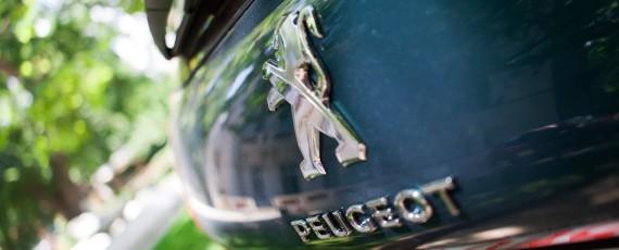 Test Peugeot 2008 facelift 1.2 PureTech 110 (07)