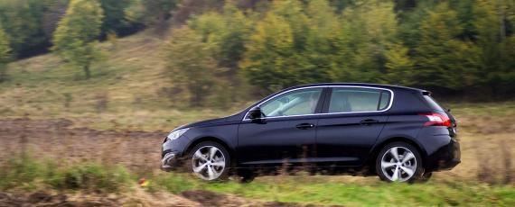 Test Peugeot 308 1.2 PureTech 130 EAT6 (28)