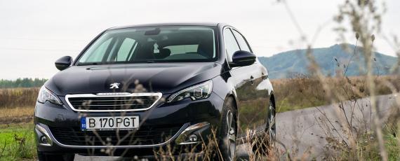 Test Peugeot 308 1.2 PureTech 130 EAT6 (03)
