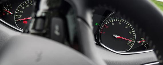 Test Peugeot 308 1.2 PureTech 130 EAT6 (18)